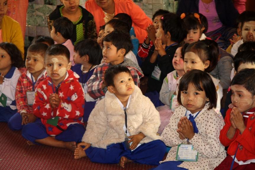 dzieci w Birmie